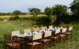 ALmuerzo en el campo en Tanzania