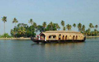 Barco en el sur de India