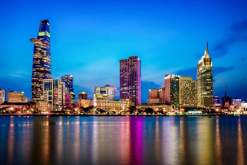Vista nocturna skyline Ho Chi Minh