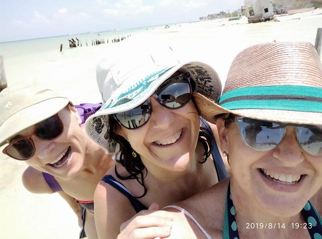 en la playa de mexico