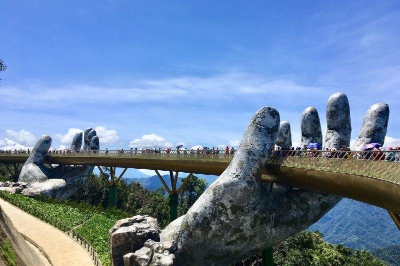 Puente Da Na Hills
