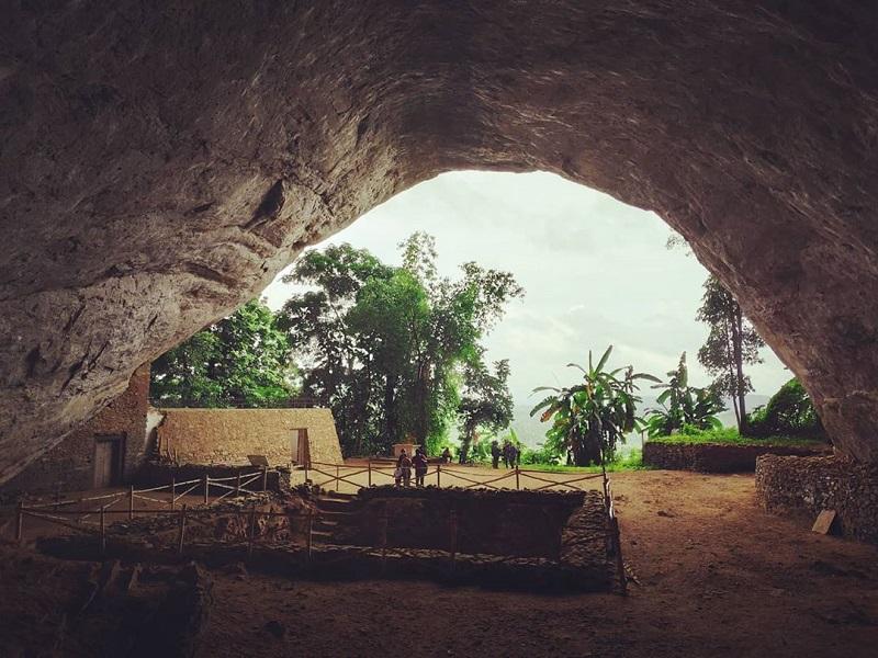 Cueva Fa Hien