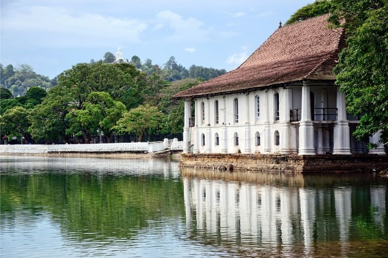 Kandy lago
